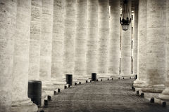 柱廊在罗马 免版税图库摄影