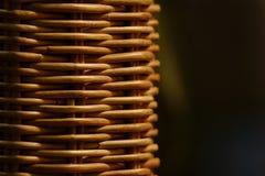 柳条木家具特写镜头 布朗工艺品织法 免版税图库摄影