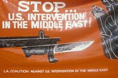 标志ï ¿ ½中止美国interventionï在和平集会,洛杉矶,加利福尼亚的¿ ½ 图库摄影