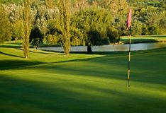 标志高尔夫球绿色危险等级水 库存图片