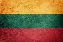 标志grunge立陶宛 与难看的东西纹理的立陶宛旗子 免版税库存图片