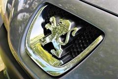 标致汽车商标-比勒费尔德/德国的图象- 09/16/2017 免版税图库摄影