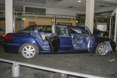 标致汽车汽车的陈列在标致汽车博物馆的在Sochaux法国 库存照片