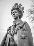 标记优秀大学毕业生的女王/王后雕象Carta在Runnymede 免版税库存照片