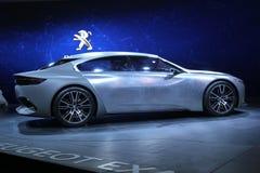 标致汽车在巴黎汽车展示会的概念汽车2014年 免版税库存图片