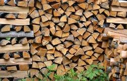 栈木柴 大堆熔炉的,背景木柴 免版税库存图片