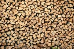 栈木柴 大堆熔炉的,背景木柴 图库摄影