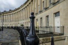 黑栏杆有皇家新月背景 免版税库存照片