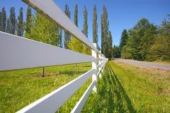 栏杆白色 免版税库存照片