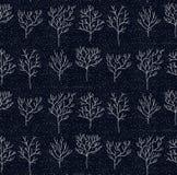树乱画无缝的冬天传染媒介样式 免版税库存照片