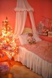 树在圣诞节的托儿所 免版税库存图片