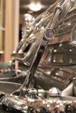 树干细节在艺术装饰汽车的 免版税库存图片