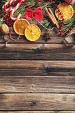 树枝用干桔子,桂香 免版税库存照片