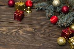 树,新年的玩具 图库摄影