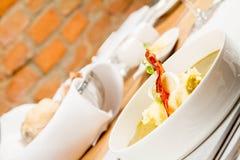栗色和绿色蔬菜汤奶油  图库摄影