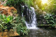 样式和背景的结构塑造的瀑布 库存照片