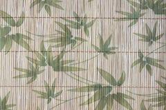 样式竹子艺术在木背景离开 图库摄影