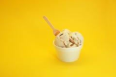 核桃冰淇凌 库存照片