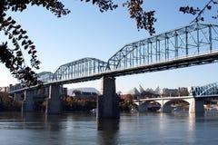 核桃街道桥梁 免版税库存照片