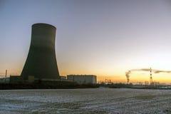 核电站日落日出辐射土壤环境 免版税库存照片
