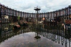 核电站能单位的被充斥的被破坏的被放弃的建筑  库存图片