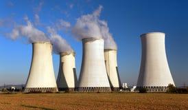 核电站色的日落视图  免版税图库摄影