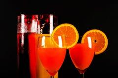 根据堪蓓莉开胃酒利口酒和橙汁的鸡尾酒,著名Itali 库存照片