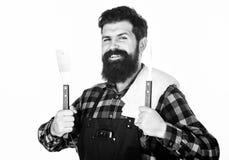 根本烹调工具 使用烹调小铲工具箱和烤叉子的格栅厨师 不锈愉快的行家的藏品 库存图片