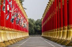 56根红色柱子在中国的北京 库存图片