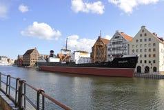 格但斯克,波兰威严25 :在格但斯克港口从波兰的运输SS Soldek 免版税库存图片
