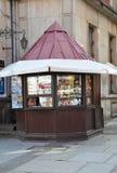 格但斯克,波兰威严25 :纪念品报亭街市在从波兰的格但斯克 库存照片