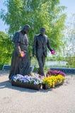 格但斯克,波兰- 2017年5月22日:教宗若望保禄二世和罗纳德Regan总统的罗纳德Regan公园的纪念碑在格但斯克Przymorze 库存照片