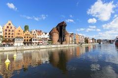 格但斯克,长的堤防街道,格但斯克,波兰中世纪口岸起重机  库存照片