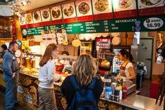 格兰维尔海岛公开市场在温哥华,加拿大 库存图片