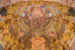 格拉纳达-巴洛克式的圣所(密室Sanctorum)在教会莫纳斯特里奥de la Cartuja里 免版税库存照片