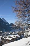 格斯塔德风景在瑞士,有雪的在冬天 库存照片