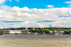 格林威治和老皇家海军拼贴画大学从泰晤士河,伦敦 库存照片
