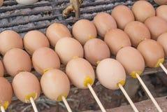 格栅鸡蛋 免版税库存图片
