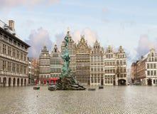 格罗特Markt广场,安特卫普 免版税库存图片