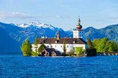 格蒙登Schloss Ort,奥地利 免版税图库摄影