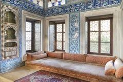 从巴格达报亭的内部细节Topkapi宫殿,伊斯坦布尔,土耳其第四个庭院的  免版税库存照片