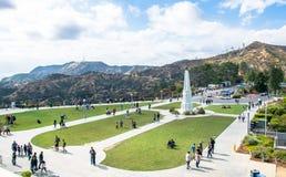 格里斐斯公园在洛杉矶,从空气的看法 著名旅游胜地 图库摄影
