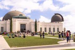 格里菲斯天文学观测所在格里斐斯公园 洛杉矶游人地标 免版税图库摄影