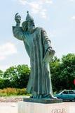 格里主教巨大的古铜色雕象在镇Nin在克罗地亚 库存图片