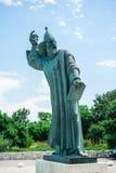 格里主教巨大的古铜色雕象在镇Nin在克罗地亚 图库摄影