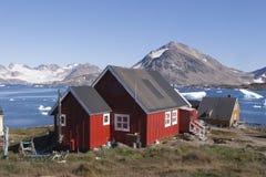 格陵兰kulusuk城镇 免版税库存照片