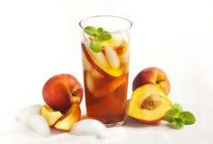 桃子冰了茶 图库摄影