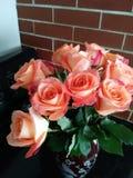 桃子玫瑰花束 图库摄影