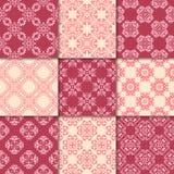 桃红色和米黄花饰 收集仿造无缝 库存图片