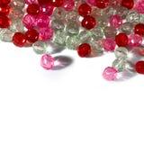 桃红色和红色小珠 免版税库存照片
